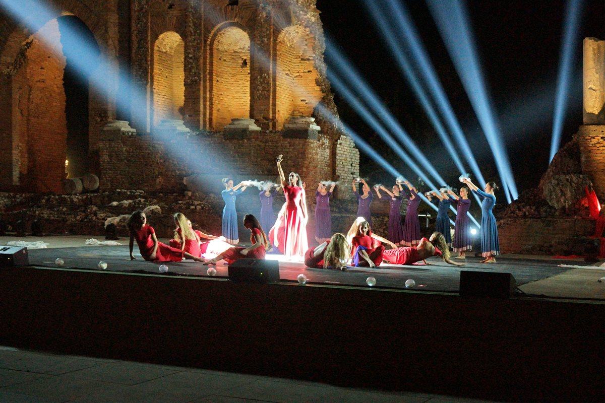 iGuzzini illumina la storia al teatro antico di Taormina