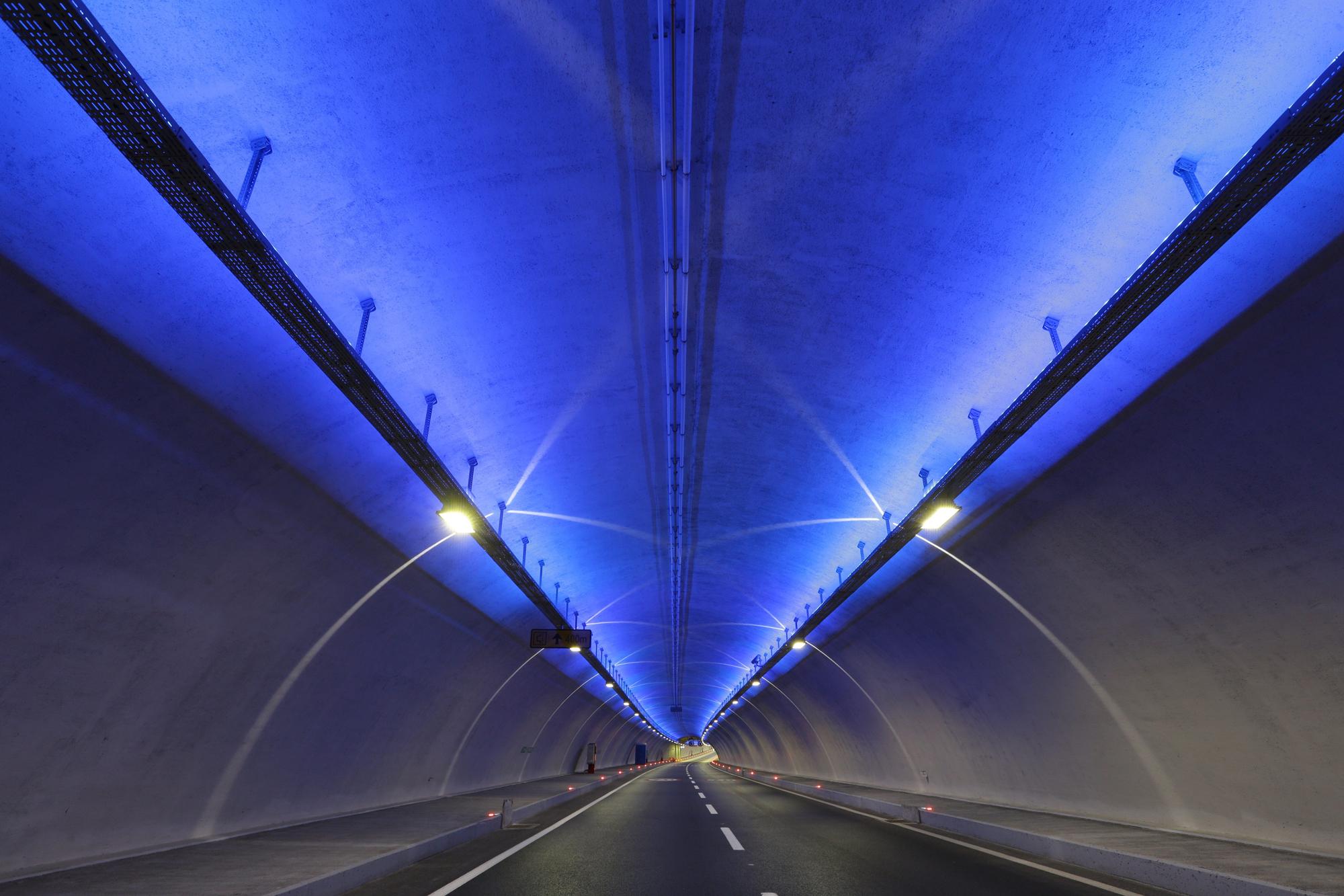 The Eurasia Tunnel wins the IES Illumination Award of Merit