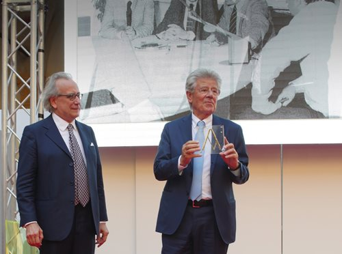 Adolfo Guzzini receives the Compasso d'Oro Award for lifetime achievement