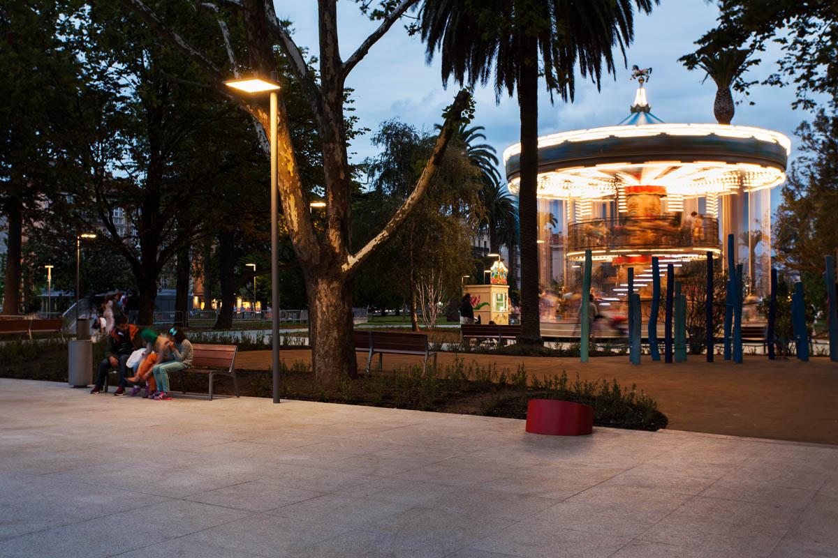 The Paseo and the Pereda Gardens - iGuzzini